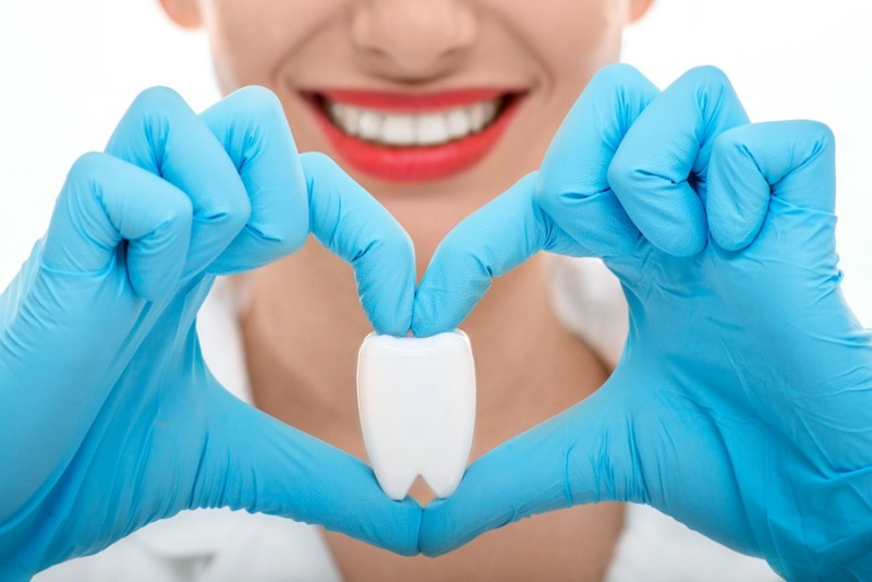 Do Dental Check-Up Regularly To Take Care Of Your Dental Healthiness Well